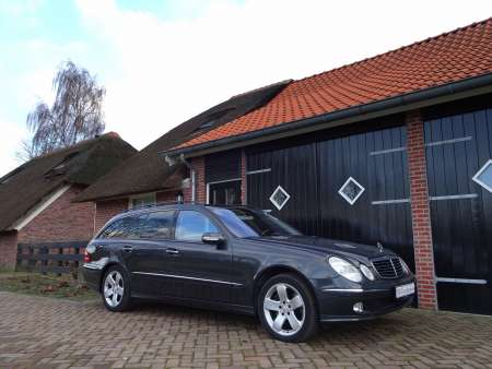2004 Mercedes E500 4matic