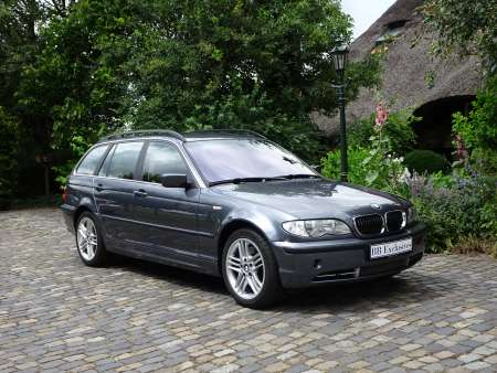 BMW 330xi Touring Facelift
