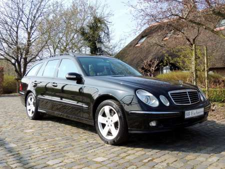 Mercedes E500 Station 4Matic W211 Zwart